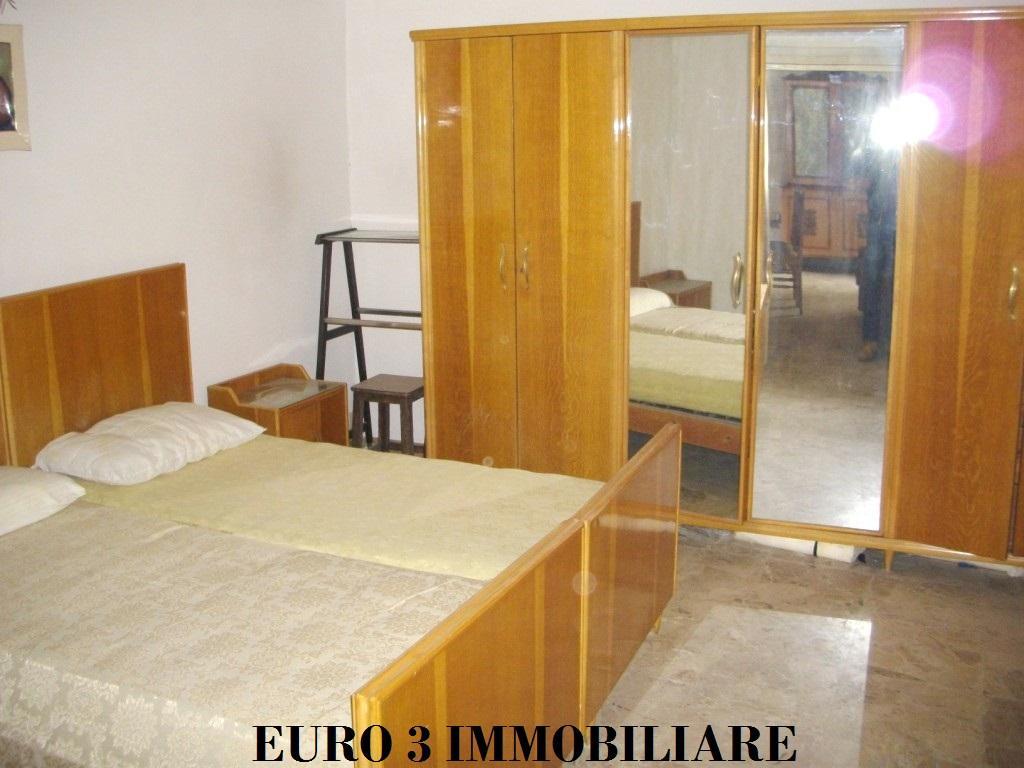 373 SALE ASCOLI PICENO CENTER3