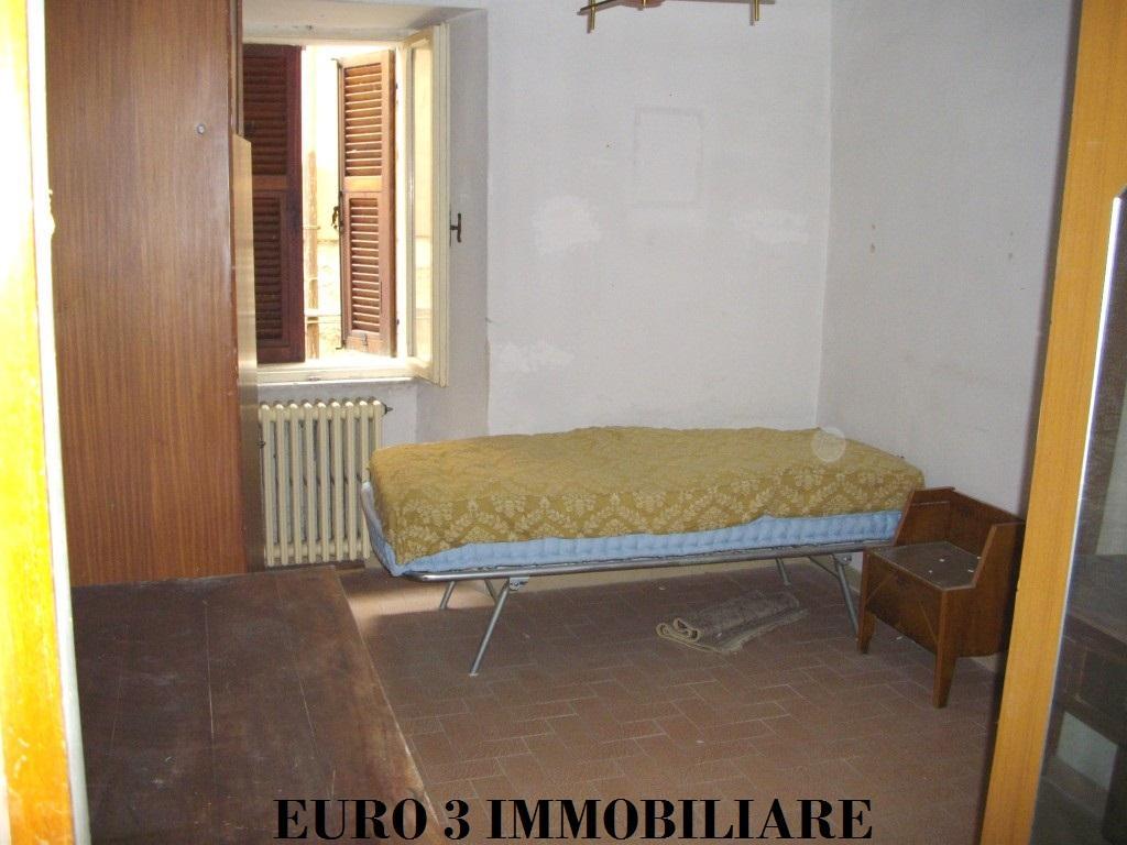 373 SALE ASCOLI PICENO CENTER5