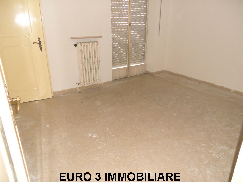 788 SALE ASCOLI PICENO PORTA MAGGIORE3