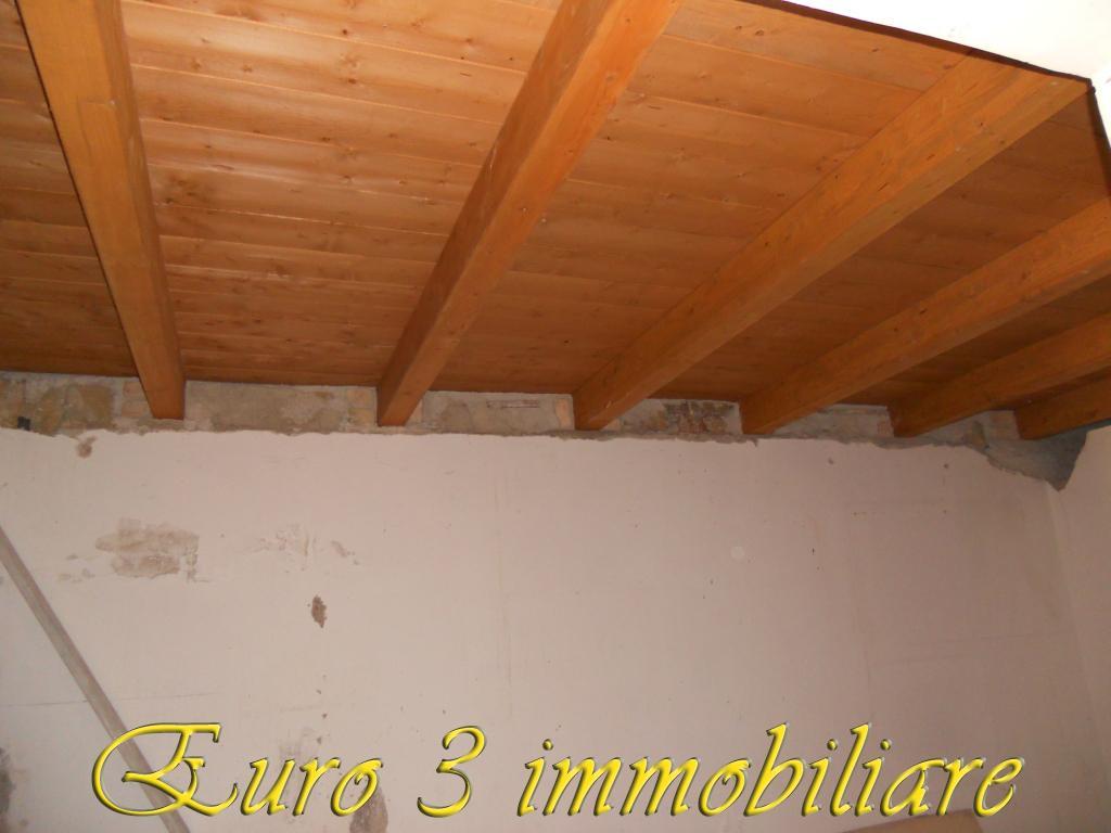 824 SALE ASCOLI PICENO MONTICELLI4
