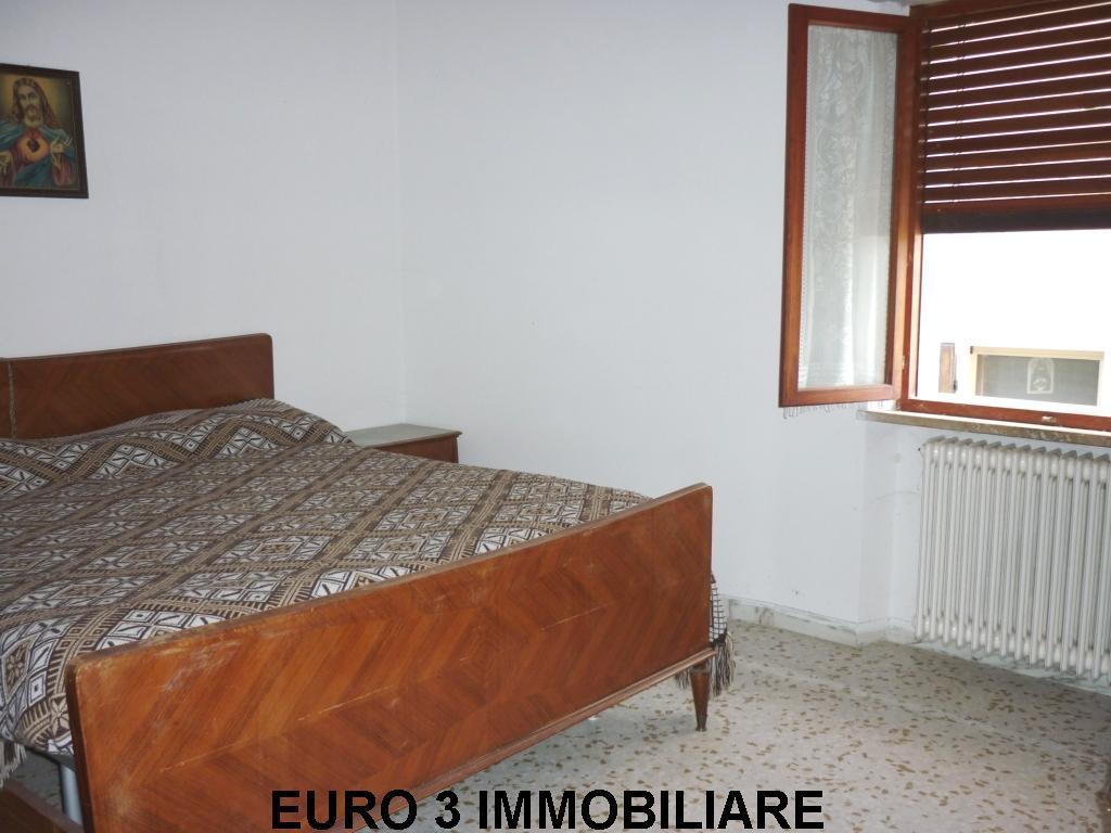 915 VENDITA VENAROTTA CAPODIPIANO3