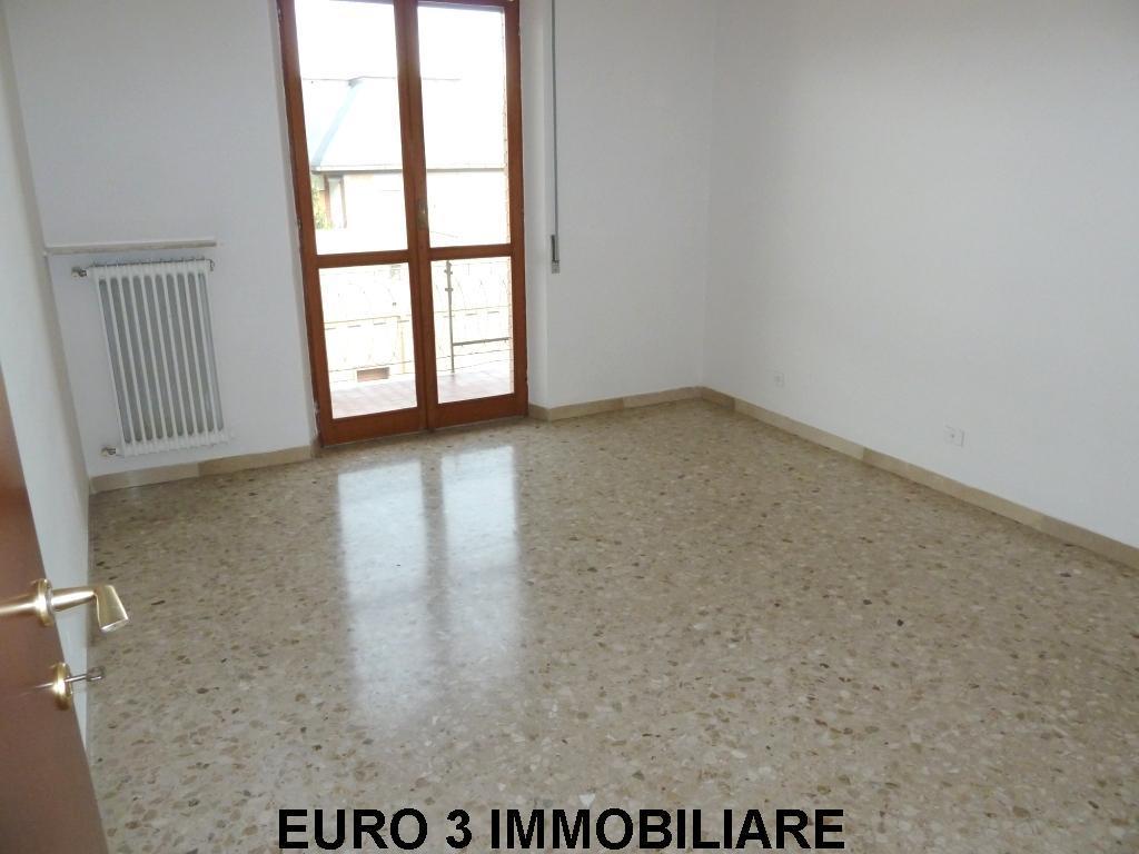 922 SALE ASCOLI PICENO PORTA MAGGIORE1