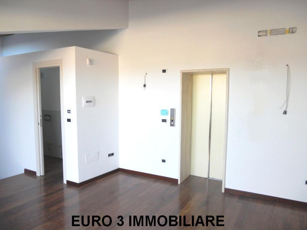 924 SALE ASCOLI PICENO CENTER1