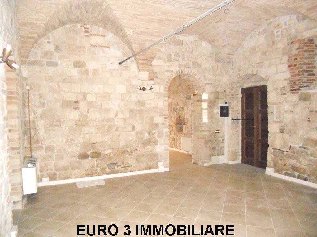 927 VENDITA ASCOLI PICENO CENTRO1