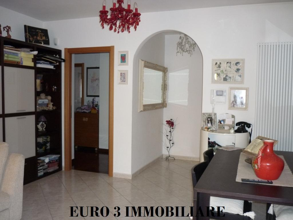 1051 VENDITA ASCOLI PICENO MONTICELLI1