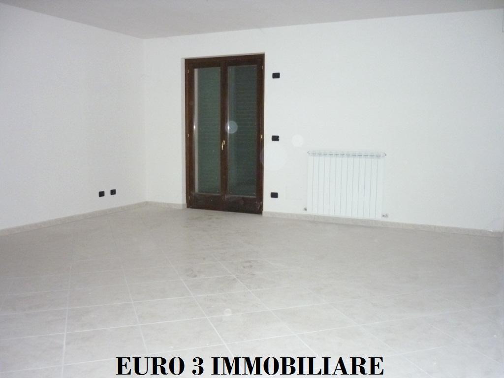 1165 SALE ASCOLI PICENO FIELD PARIGNE3