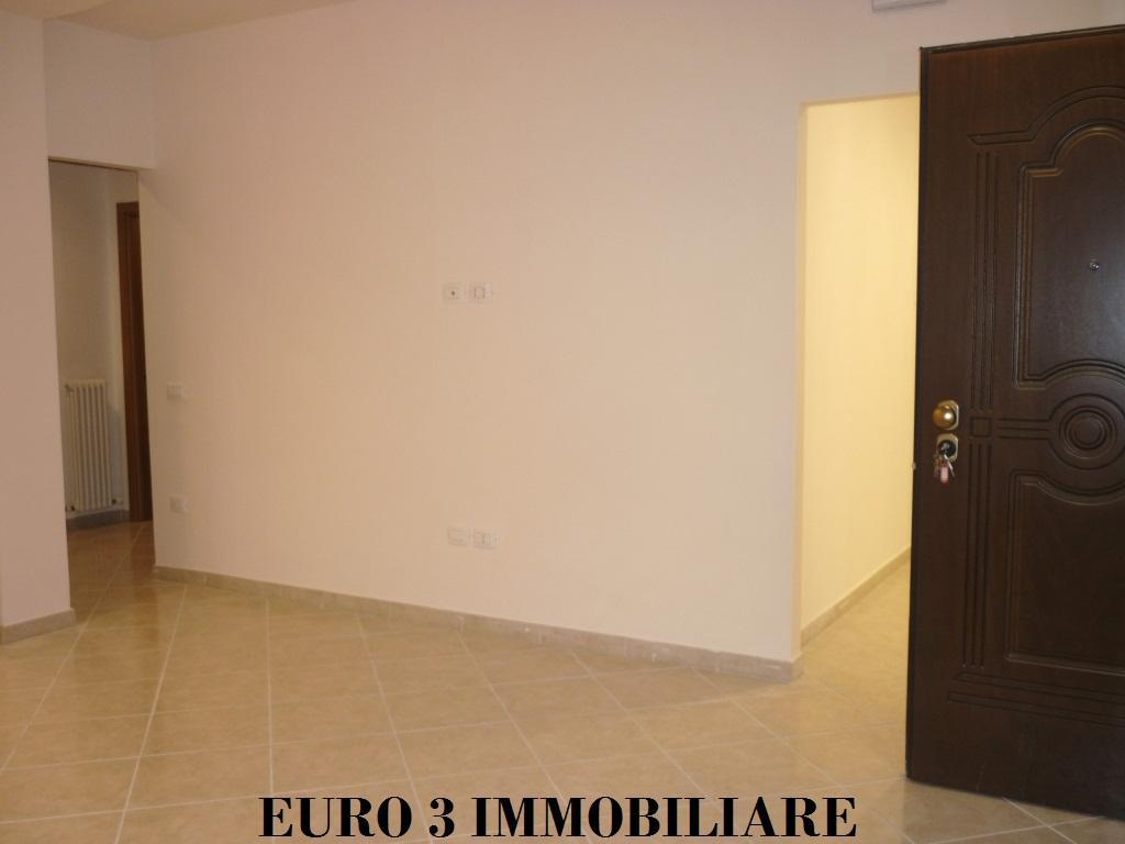 1175 SALE CASTEL DI LAMA 2