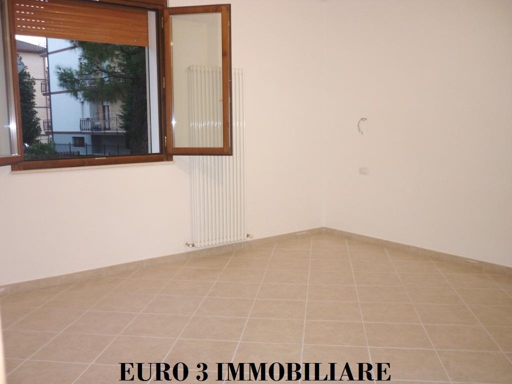 1175 SALE CASTEL DI LAMA 4