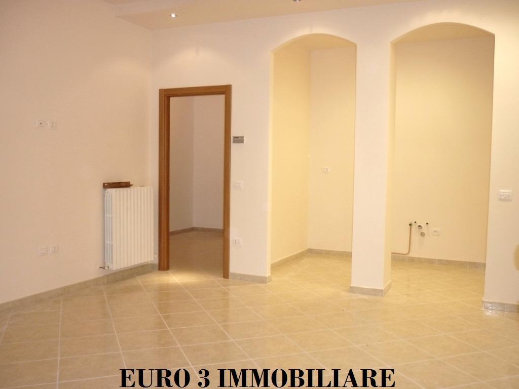 1178 VENDITA CASTEL DI LAMA 1