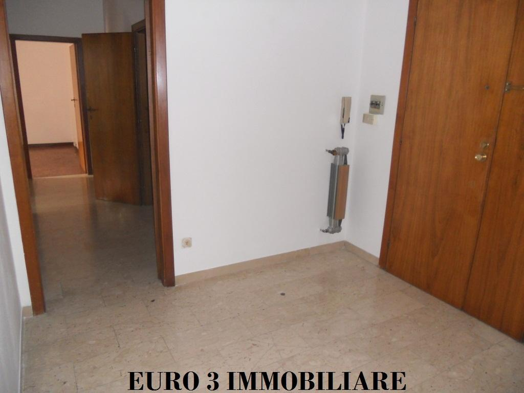 1209 RENT ASCOLI PICENO FIELD PARIGNE2