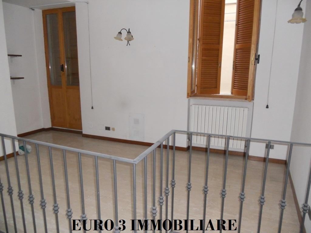 1217 RENT ASCOLI PICENO CENTER1