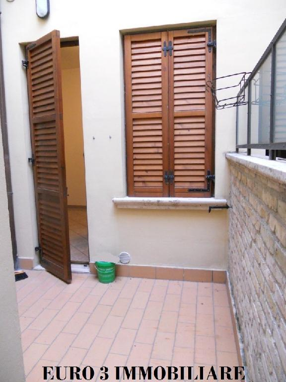 1272 RENT ASCOLI PICENO CENTER1