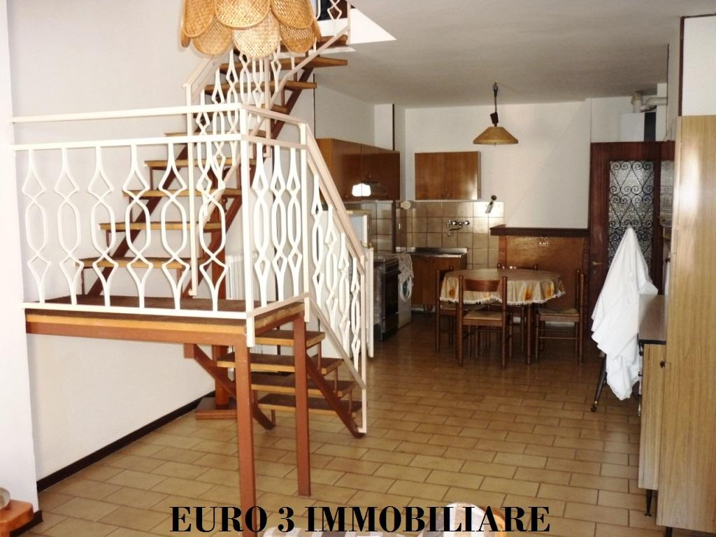 1407 RENT ASCOLI PICENO CENTER1