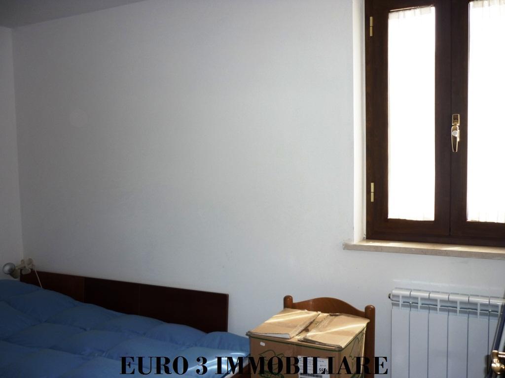 1442 VENDITA VALLE CASTELLANA 3