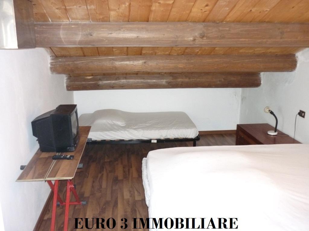1442 VENDITA VALLE CASTELLANA 4