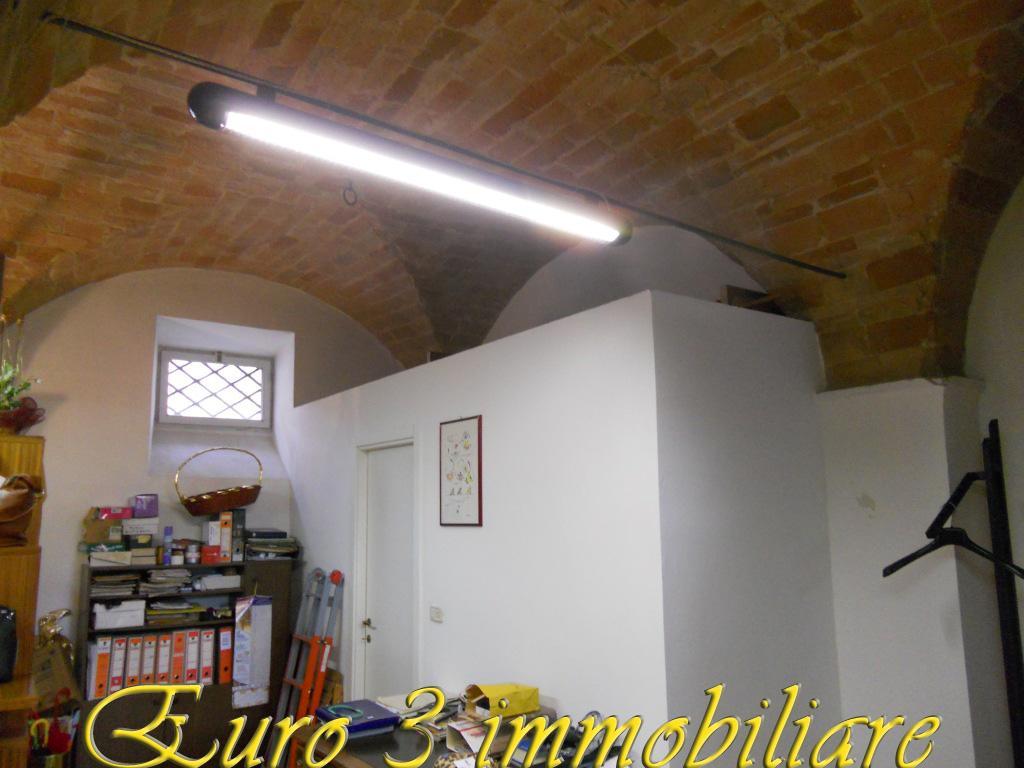 1497 RENT ASCOLI PICENO PORTA CAPPUCCINA2