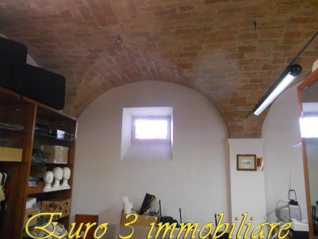 1497 RENT ASCOLI PICENO PORTA CAPPUCCINA4