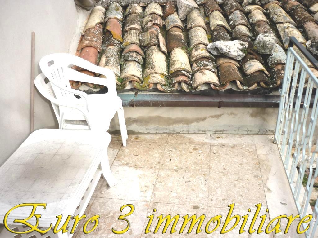 1577 SALE ASCOLI PICENO ROSARA3