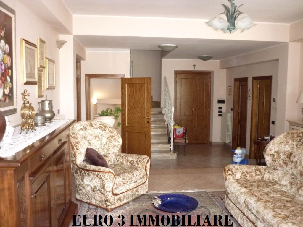 1806 SALE CASTEL DI LAMA 3