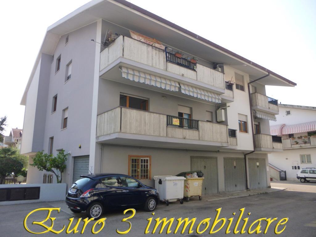 silvi vendita quart:  euro 3 immobiliare s.a.s.