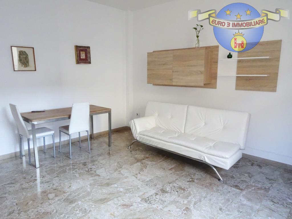 ascoli piceno affitto quart: centro storico euro 3 immobiliare s.a.s.