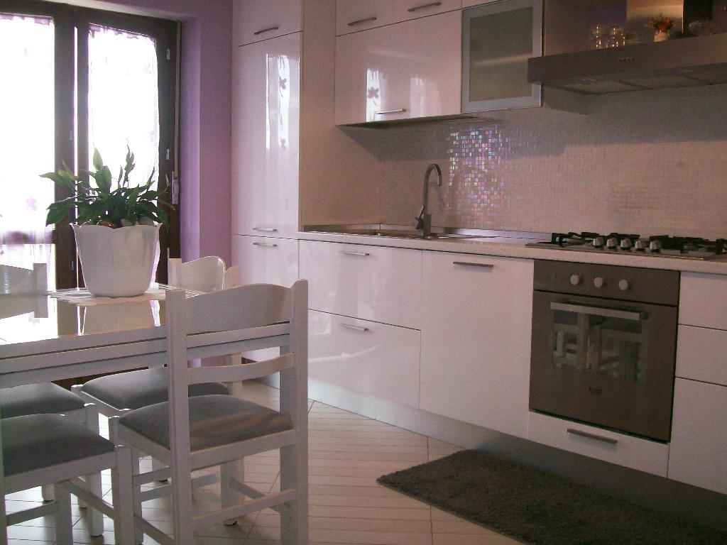 Appartamento CASTEL DI LAMA 3252