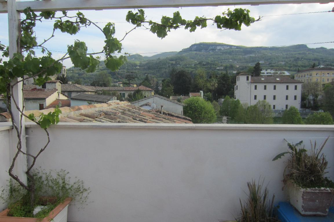 Attico ASCOLI PICENO vendita  CENTRO STORICO CORSO MAZZINI 2 eMMe Immobiliare di Mario Manfroni & C. S.A.S.
