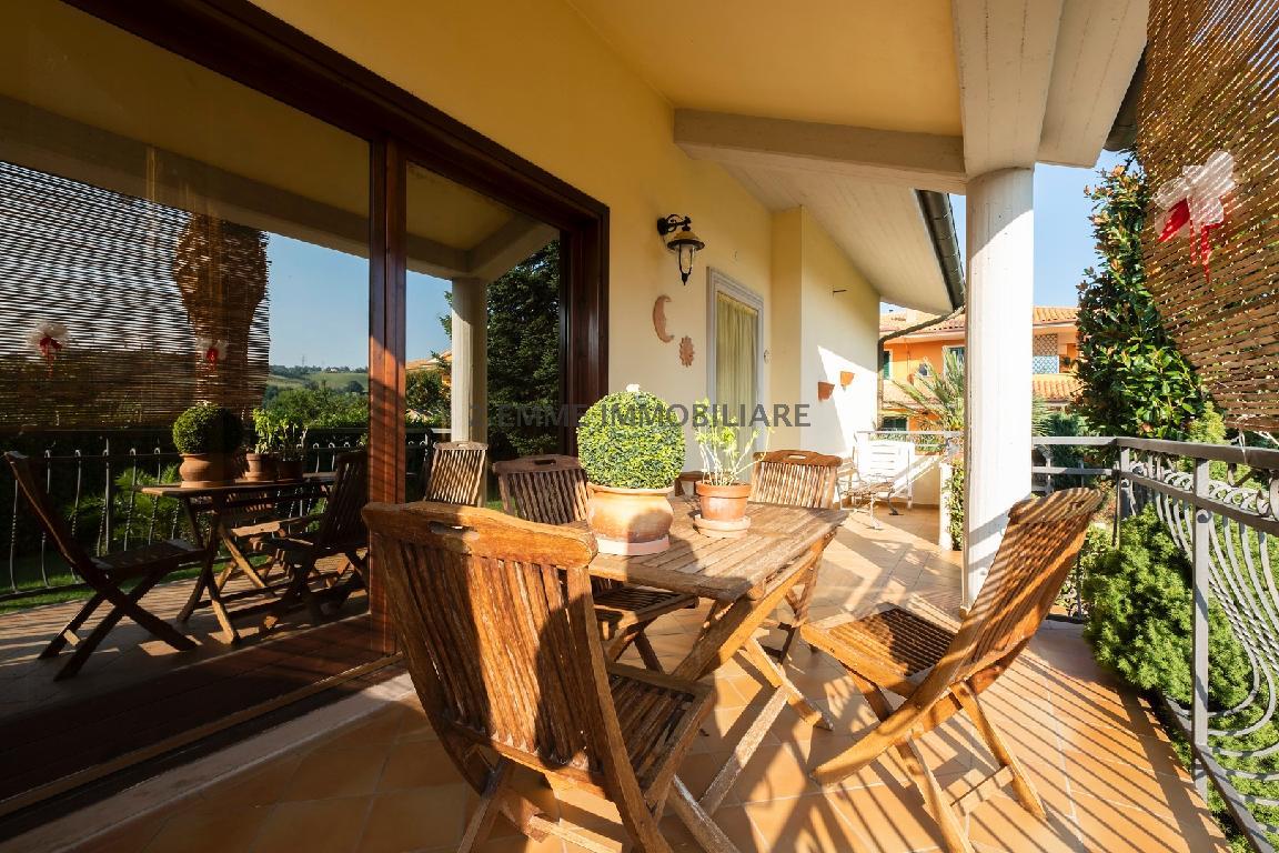 Villa o villino FOLIGNANO 3438