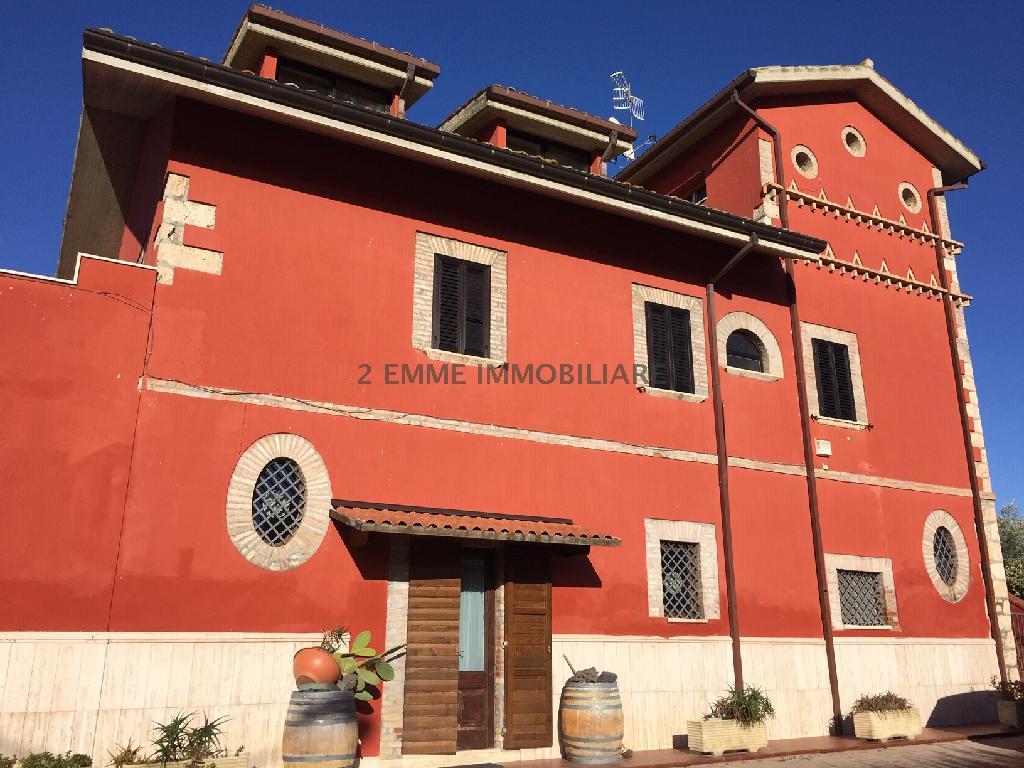 Villa o villino FOLIGNANO 3693