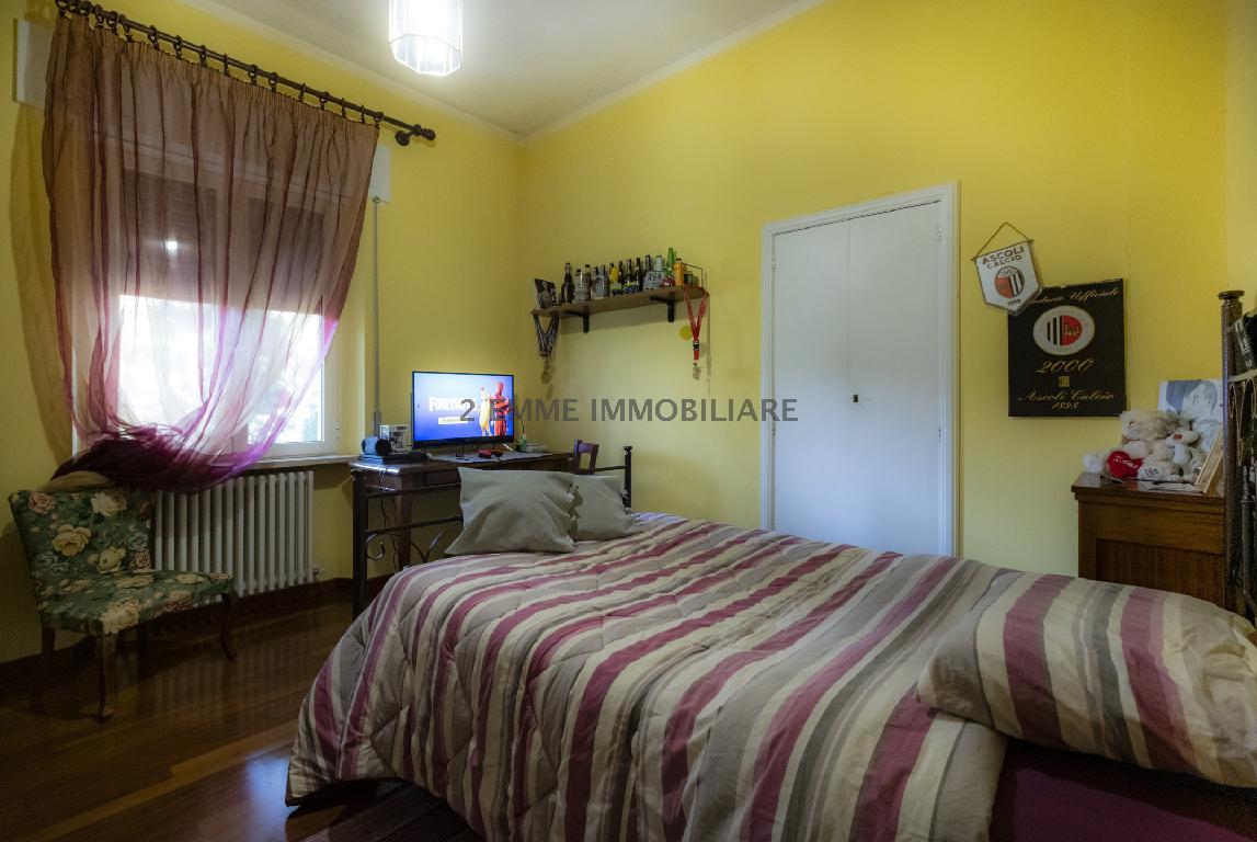 Casa Indipendente COLLI DEL TRONTO 3726