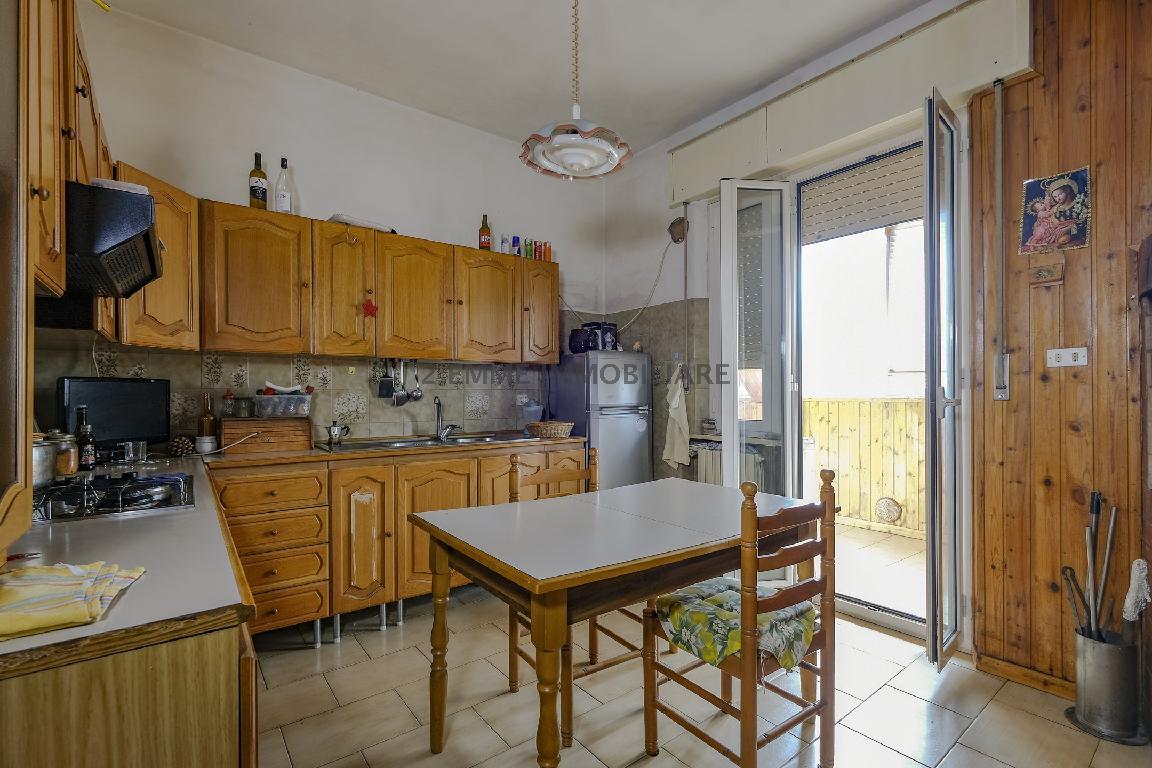 Appartamento ASCOLI PICENO 3735