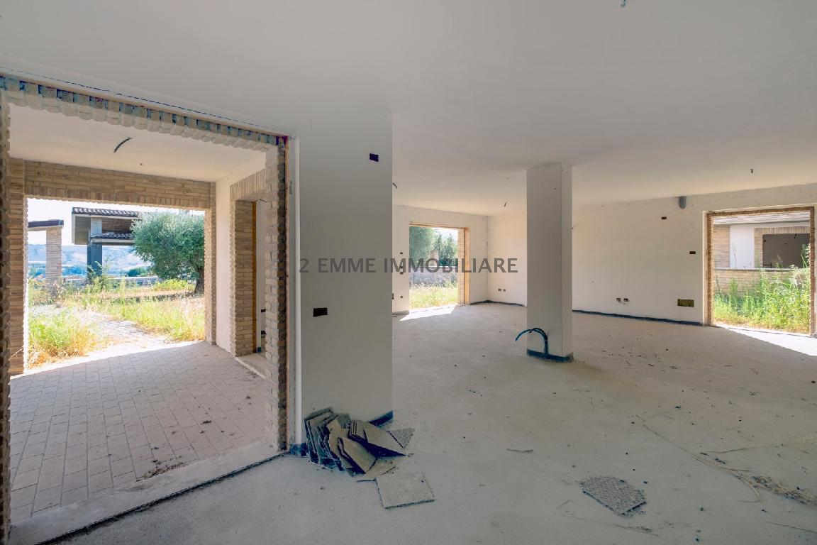 Villa o villino COLLI DEL TRONTO 4140