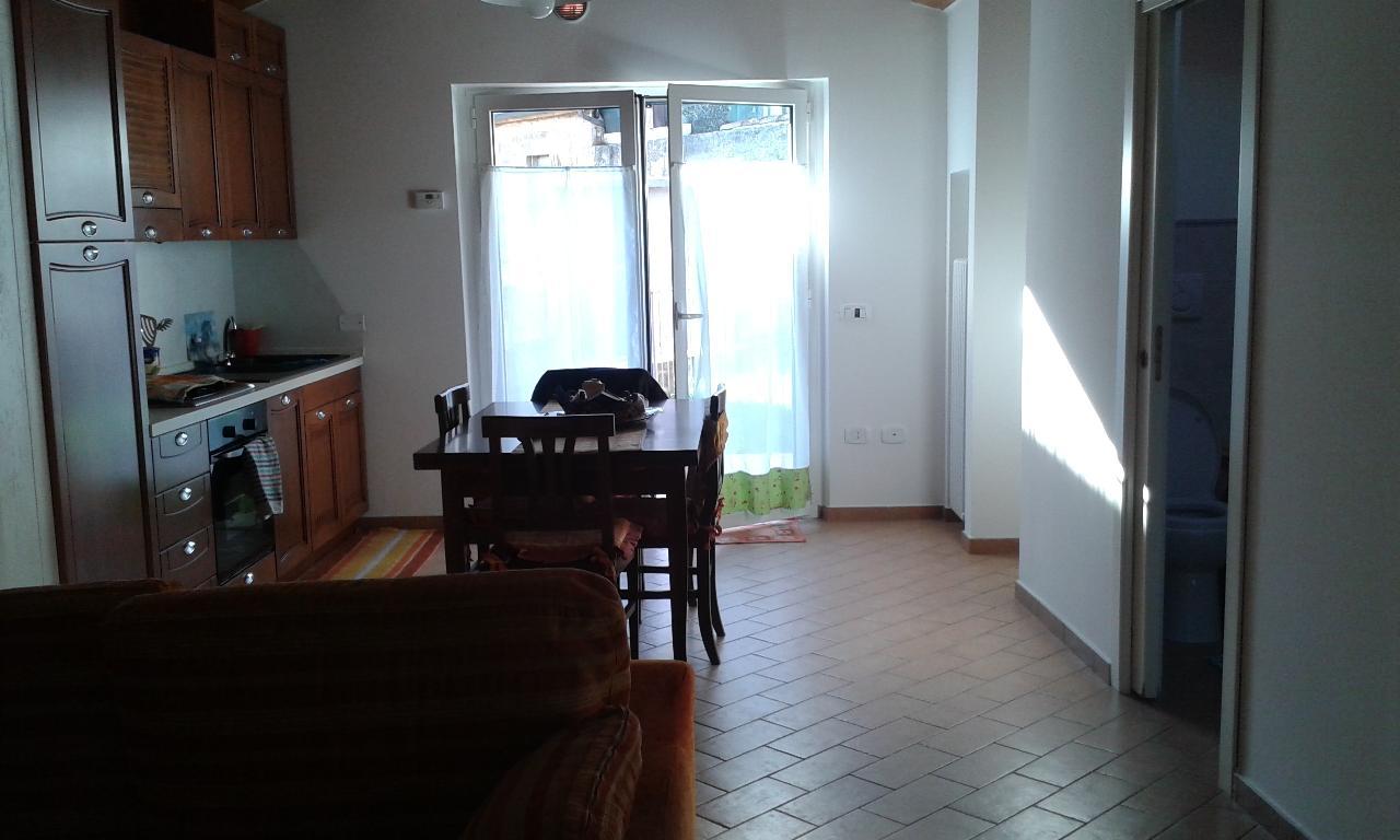 Soluzione Indipendente in vendita a Urbino, 9999 locali, prezzo € 130.000 | CambioCasa.it