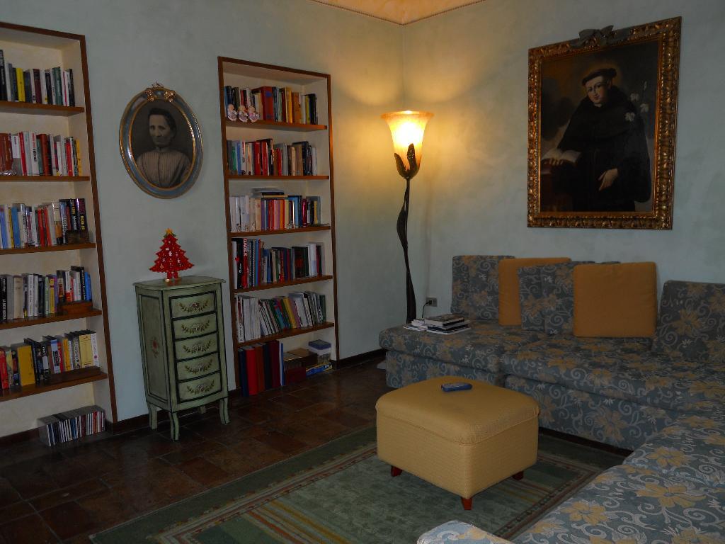 Casa Indipendente ALTIDONA CASA DELLE ROSE/ARCH