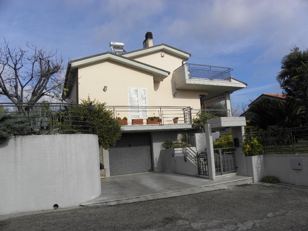 Villa o villino in Vendita ACQUAVIVA PICENA