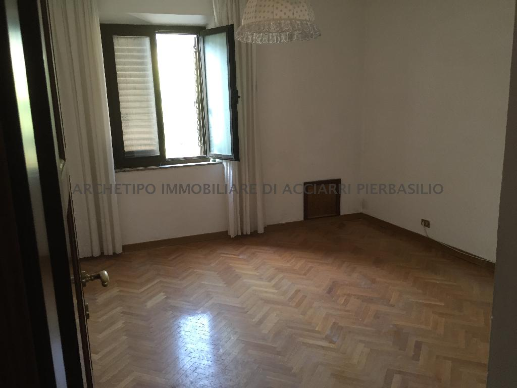 Appartamento CAMPOFILONE DUE CASE AL PREZZO D