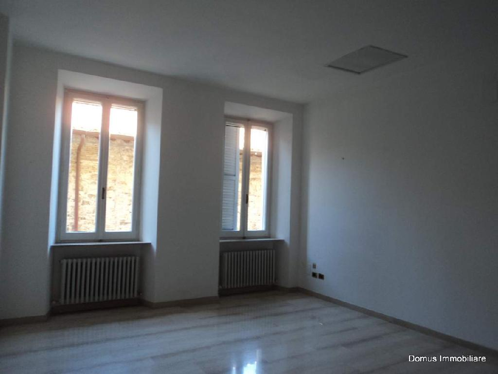 Appartamento in affitto a Ascoli Piceno, 6 locali, prezzo € 650 | Cambio Casa.it