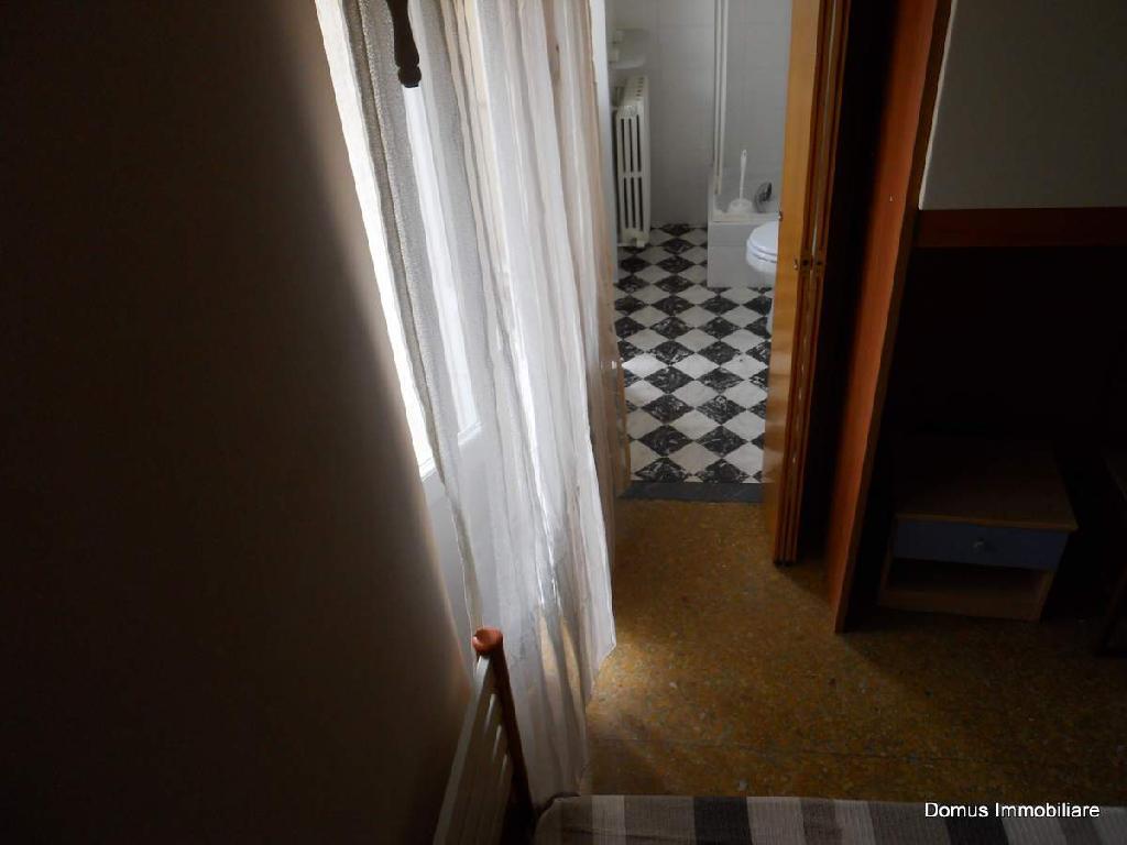 Appartamento in affitto a Ascoli Piceno, 4 locali, prezzo € 450 | Cambio Casa.it