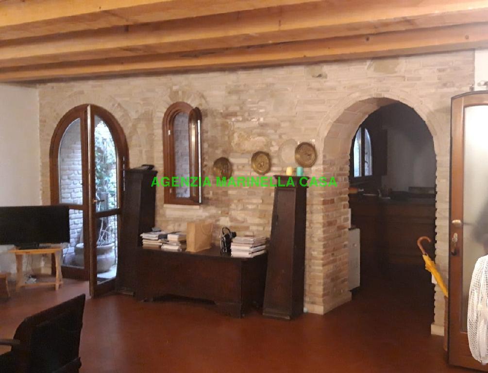 Appartamento, VIA VENTURINI, Vendita - Pesaro (Pesaro Urbino)